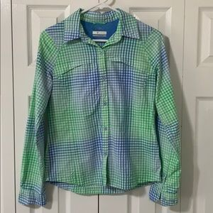 Columbia Small button down shirt